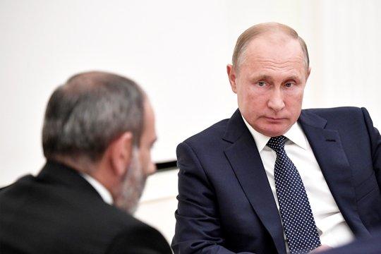 Пашинян прокомментировал возможность внешнеполитического разворота Армении Фото