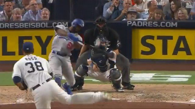 Coming through. #Dodgers https://t.co/hOeHoUpsYC