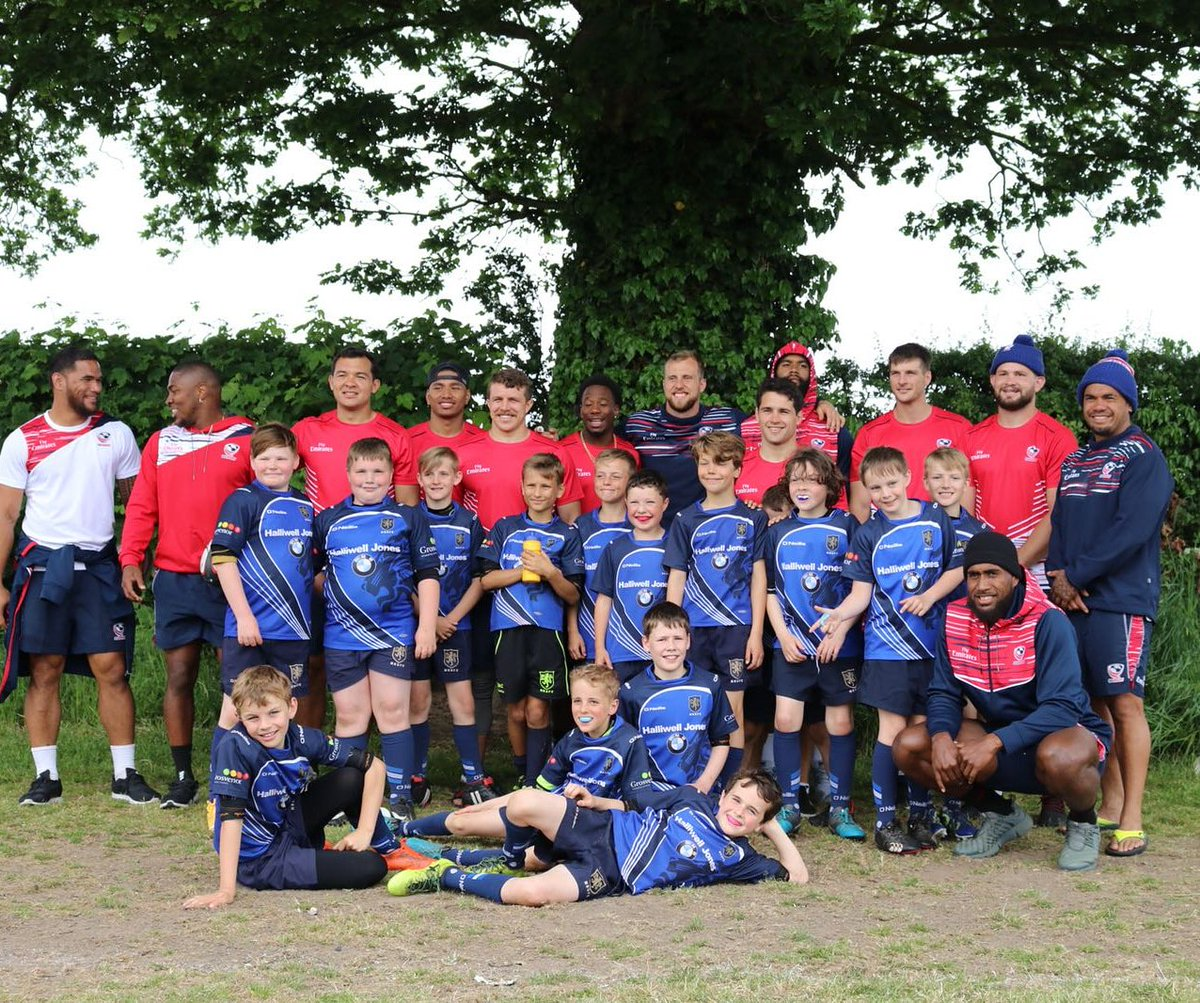 test Twitter Media - The @USARugby 7s superstars took time out to coach our boys last month... Definitely a few 7s stars of the future wearing blue! 🏉💪 #maccrugby #macclesfield #rugbyfamily https://t.co/vfowV9S74A