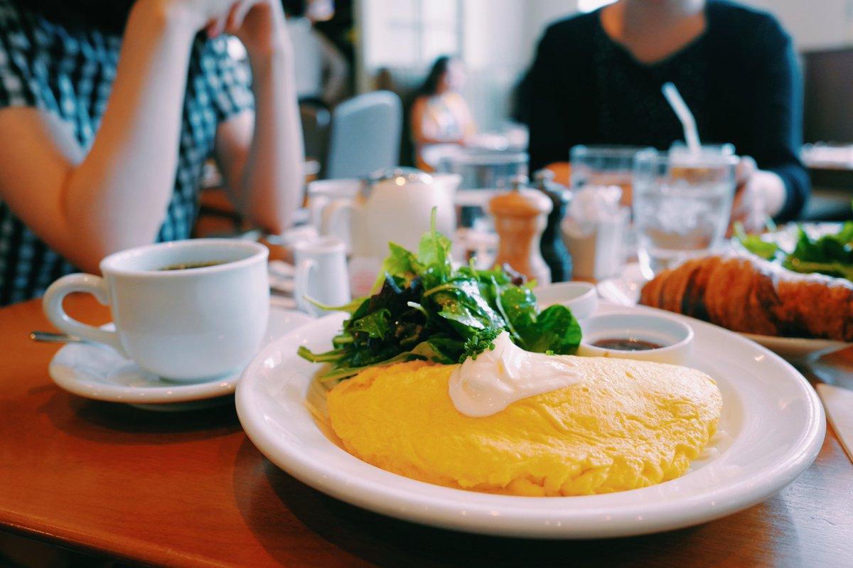 漫画家の藤沢カミヤ先生らと朝ご飯みたいな昼ご飯