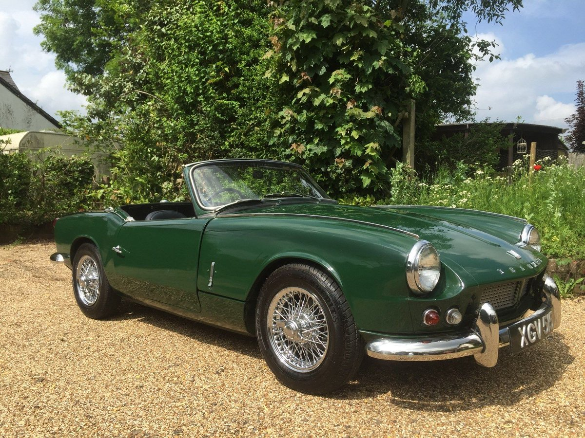 "UK Classic Cars on Twitter: ""eBay: 1964 TRIUMPH SPITFIRE 4 MK1 1196CC MANUAL  BRITISH RACING GREEN VERY RARE 15 LEFT https://t.co/oc52TIC94o… """