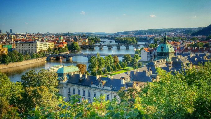 """Prague named """"World's greenest city"""" 🌳🌳Who would have said?? Congrats #Prague, you always find a way how to surprise us 🌳#CityLife #Tree #Nature #VisitCz #CityScape #Garden #Trees #Hostel #FamousHostel @gocityspy  https://t.co/5dkw3WWCuh https://t.co/tkcF3sm26R"""