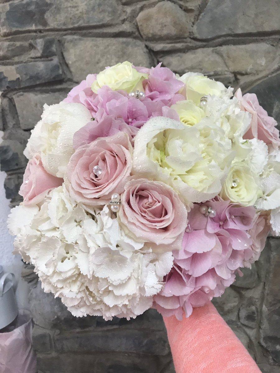 weddingflowers hashtag on Twitter