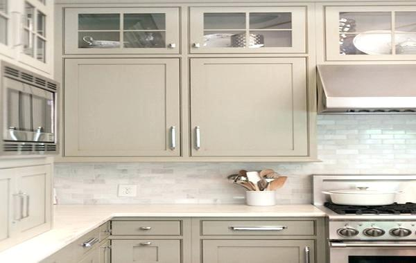 Cabinet City On Twitter Taupe Kitchen Cabinets A New Trend Https T Co Rrtmcrtjul Cabinets Kitchens Taupe Taupecabinets Kitchendecor Kitchendesign Https T Co 2rqllu67iw