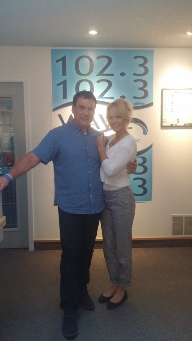 Happy Birthday Pamela Anderson. Definitely a pleasure meeting you in a couple of years back.