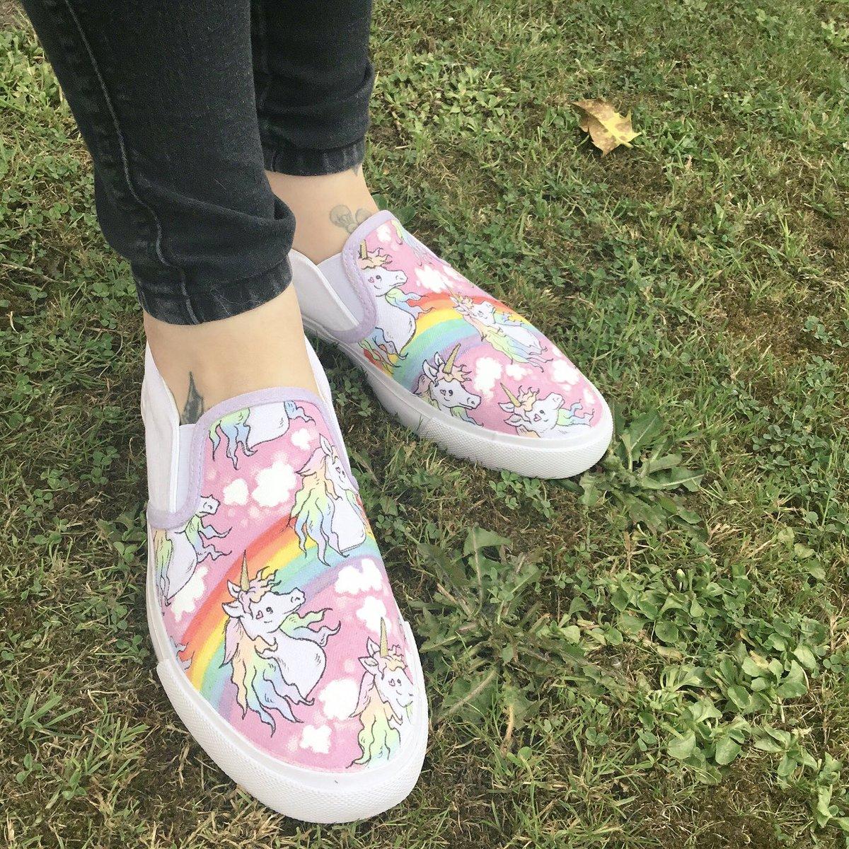 8aba3842234e78 Choose your own design. http   gemsville.etsy.com  art  illustration   shoeart  sneakers  fashion  footwear  ooak  custommade  customshoes   colourful ...