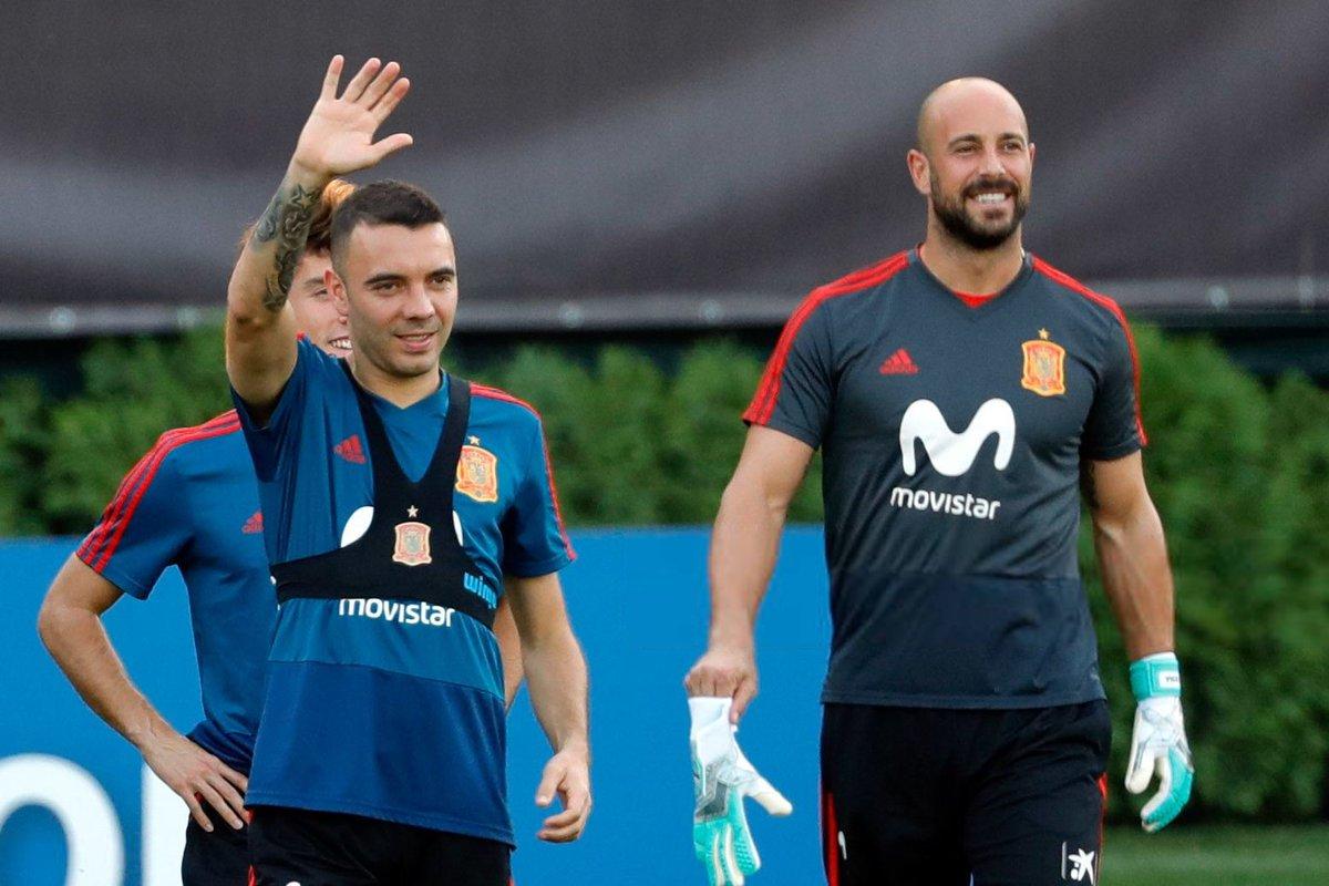 Iago Aspas y Pepe Reina, con la selección española.