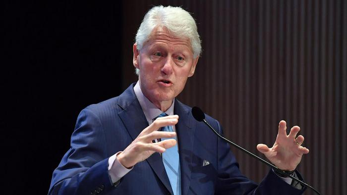 bill clinton speech critique A blunt critique from bill clinton on president obama's handling of the rocky obamacare rollout is prompting the white house to pledge another set of health law fixes -- though in doing so, it.