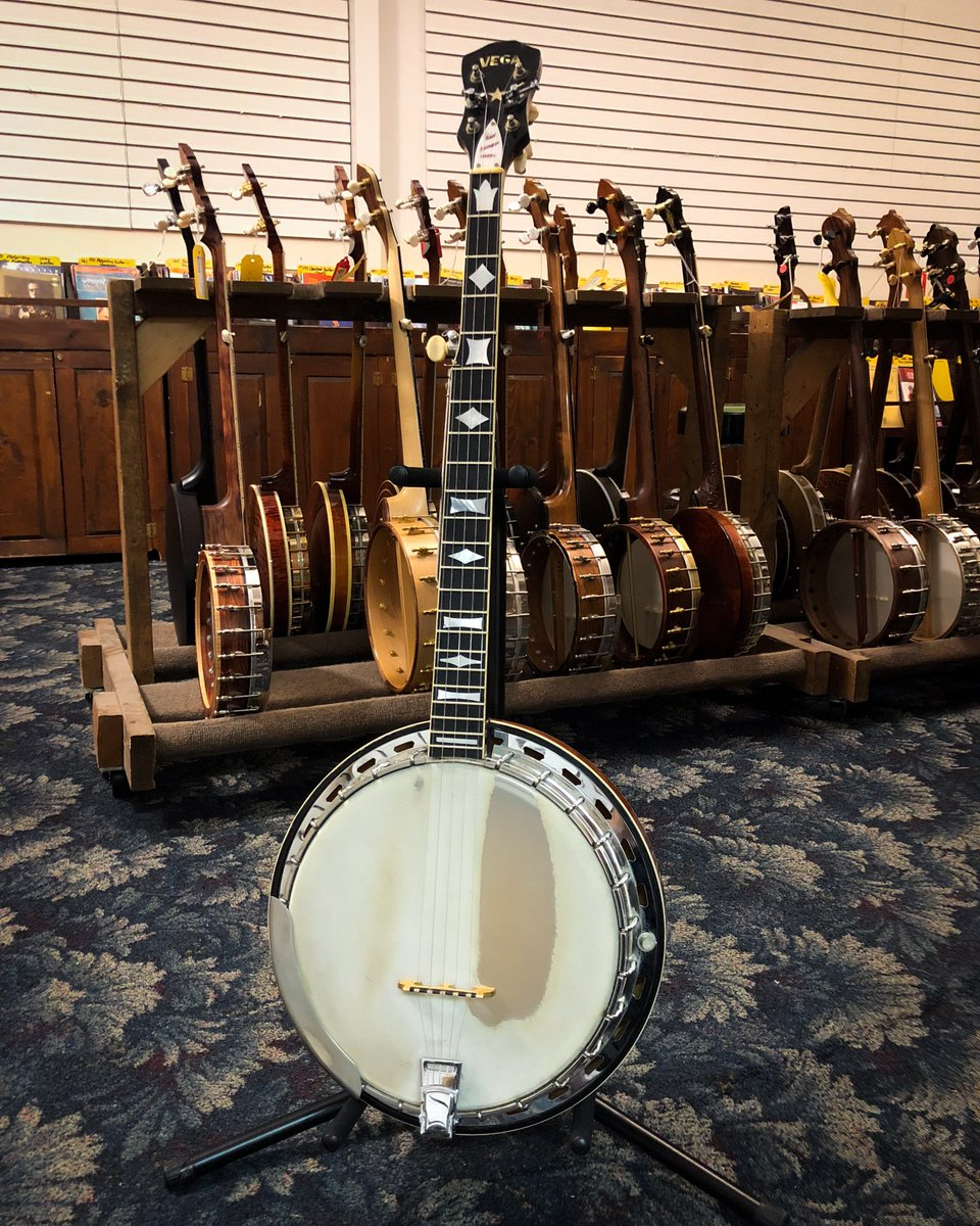 "This Vega #EarlScruggs STII #banjo still has a lot of life left in it. It has a double white-bound resonator and a maple neck, both in a sunburst finish. The multi-ply rim has a 10-7/8"" frosted head and a flathead tone ring with multiple slotted holes.  https:// goo.gl/DSUuRr     <br>http://pic.twitter.com/HTVMpYiyLC"