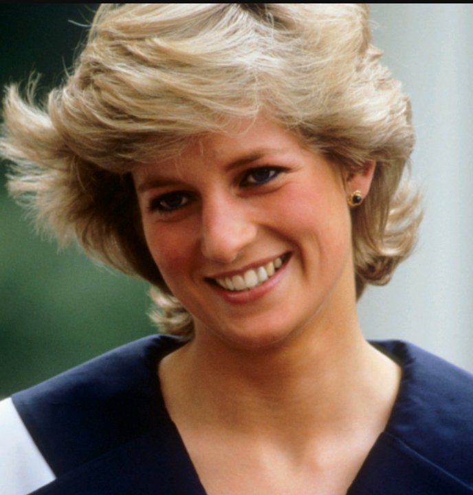 Happy Birthday, Princess Diana  . You were an inspiration to so many of us.