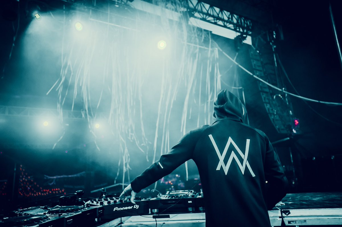 "Alan Walker Faded Roblox Id alan walker on twitter: ""#wowtour 🔥… """