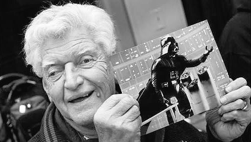We wish a very happy birthday to British actor David Prowse!