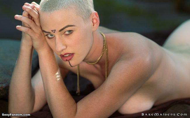 Sexy Fandom: Riley Nixon as Lumi in the Lonely (Very...