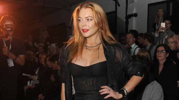 Happy birthday to the first celebrity i fell inlove w & such a talented actress the one and only Lindsay Lohan.
