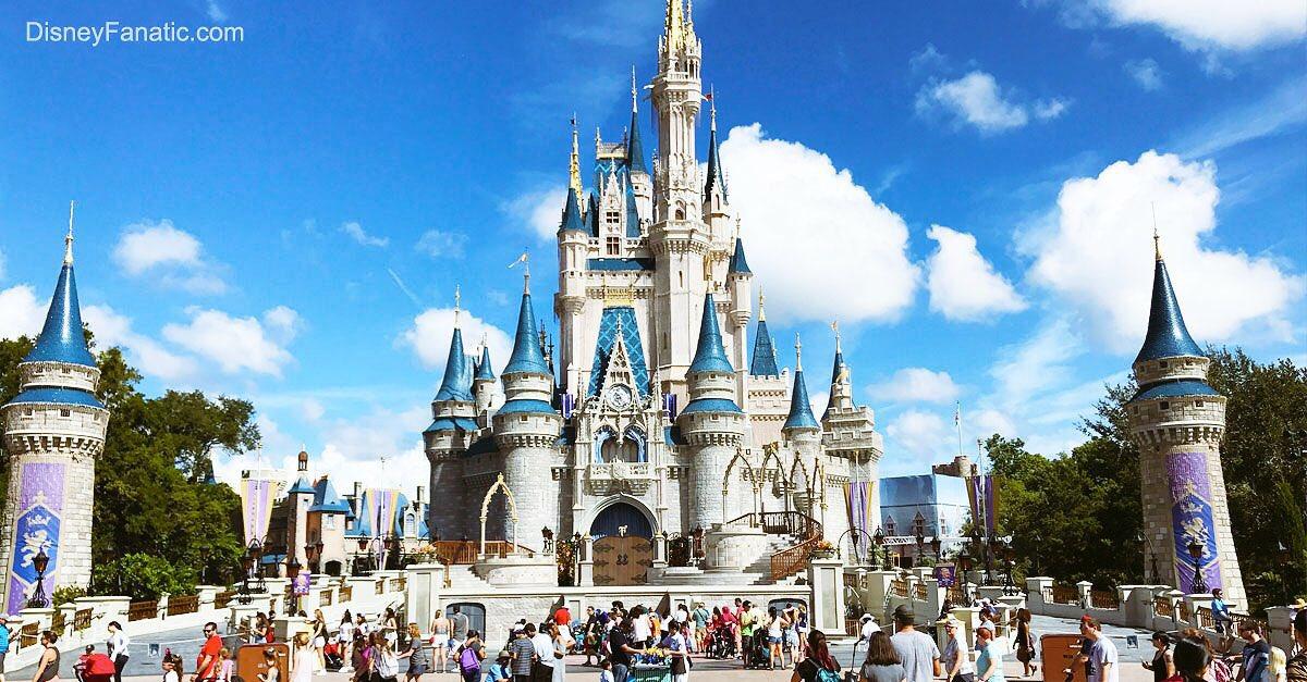 ceb314961 يتضمن عالم ديزني أربع منتجعات؛ لكل منتجع رسوم خاصة: ١.Magic Kingdom  ٢.Animal Kingdom ٣. Hollywood Studios ٤. Epcotpic.twitter.com/dPbke0qtpZ