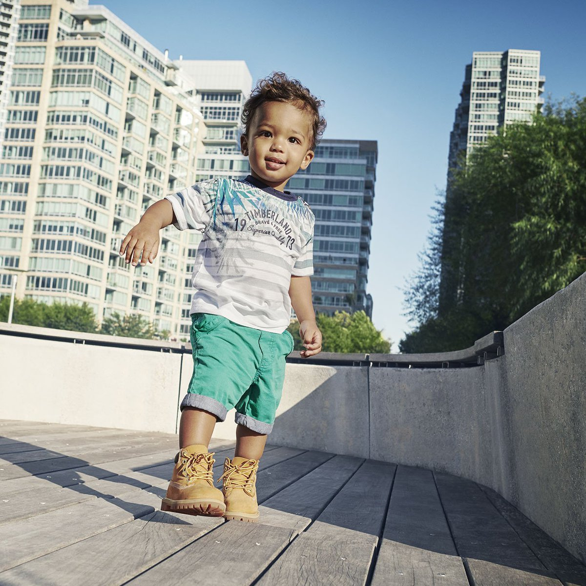 These boots were made for walkers. #TimberlandKids    https://t.co/TgHLUUYNUu https://t.co/fVyf8UFOhO