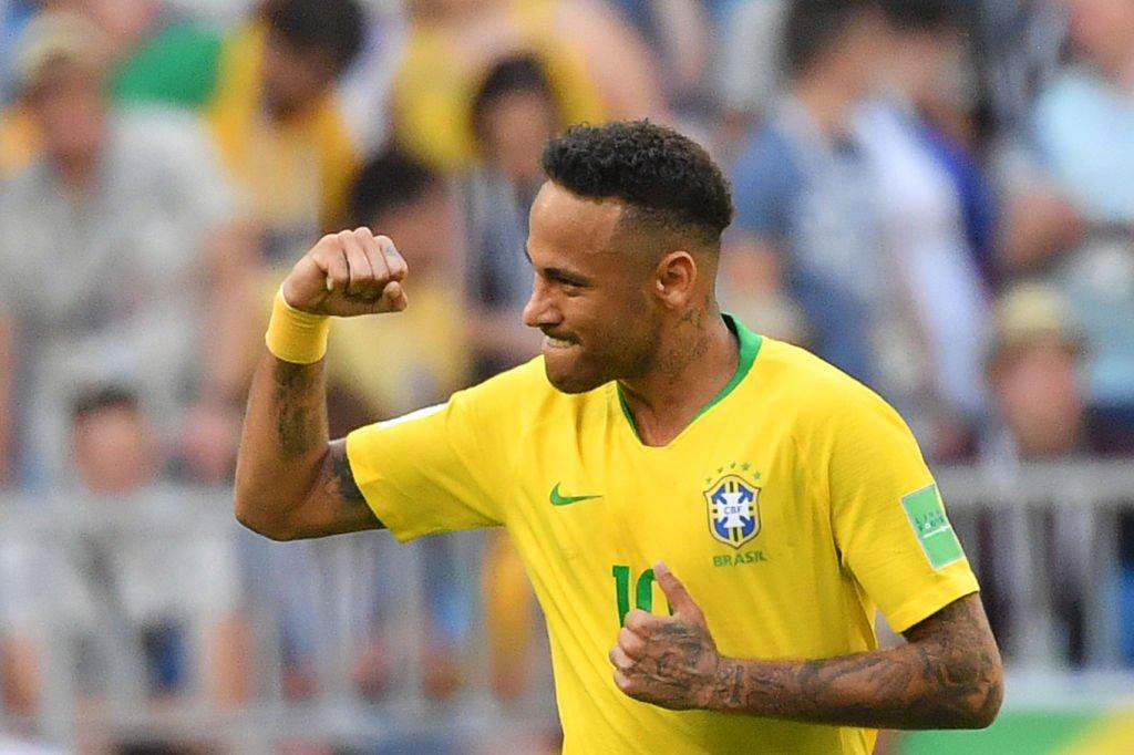 Brasil venció 2-0 a México y avanza a Cuartos de Final