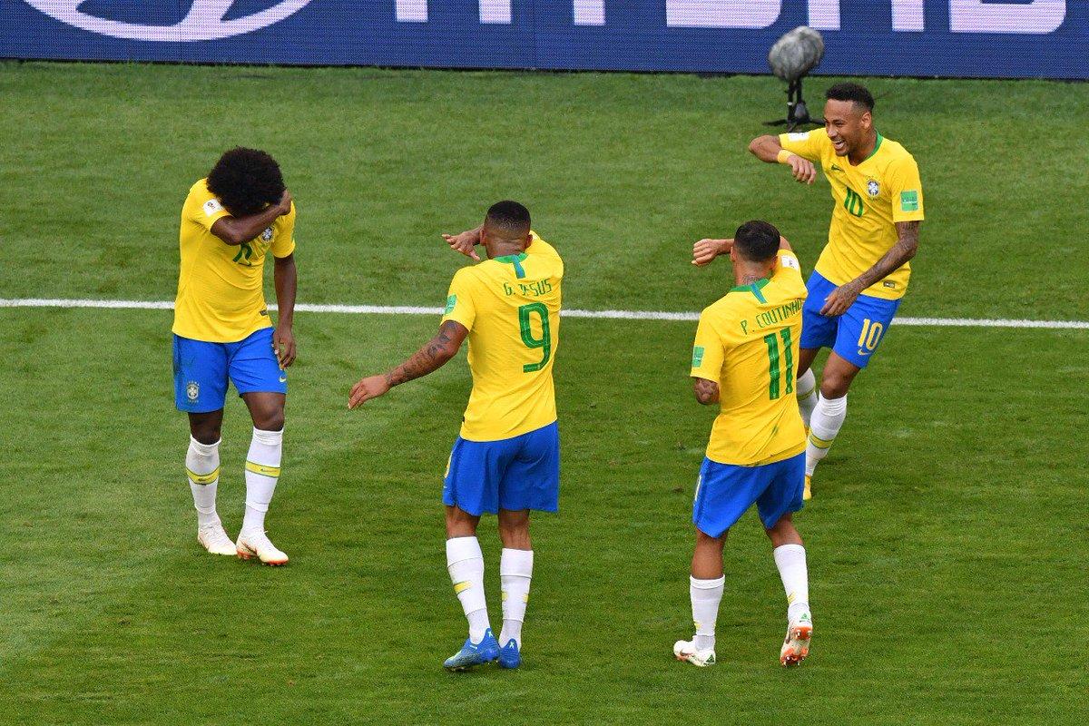'CONTA TUDO PRA SUA MÃE, QUICO...'  Neymar e companhia relembram seriado 'Chaves' e comemoram chorando como o Quico   https://t.co/1u1U7Uc3Ub   #Quico #Chaves #ChavesTchauT#Neymarc#Canarinhoh#BRAa#MEXu#BRAMEX #Chorando #Kiko #Gentalha #Copa2018 #WorldCupMEX