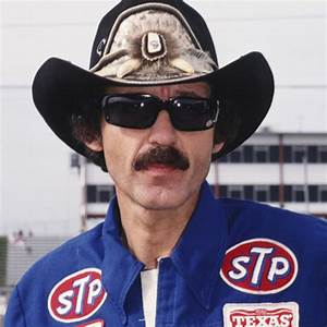 """Happy birthday to Richard Petty, 7x NASCAR and Daytona 500 winner, who turns 81 today! Have a great one \""""King\""""!"""