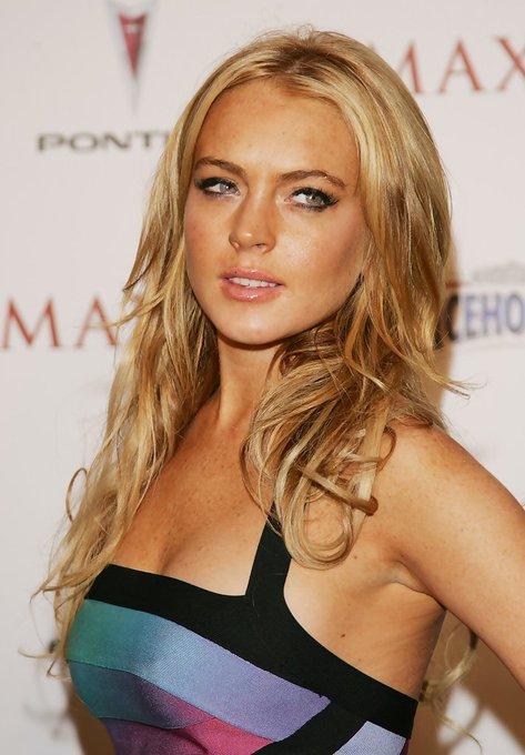 Happy birthday Lindsay Lohan(born 2.7.1986)