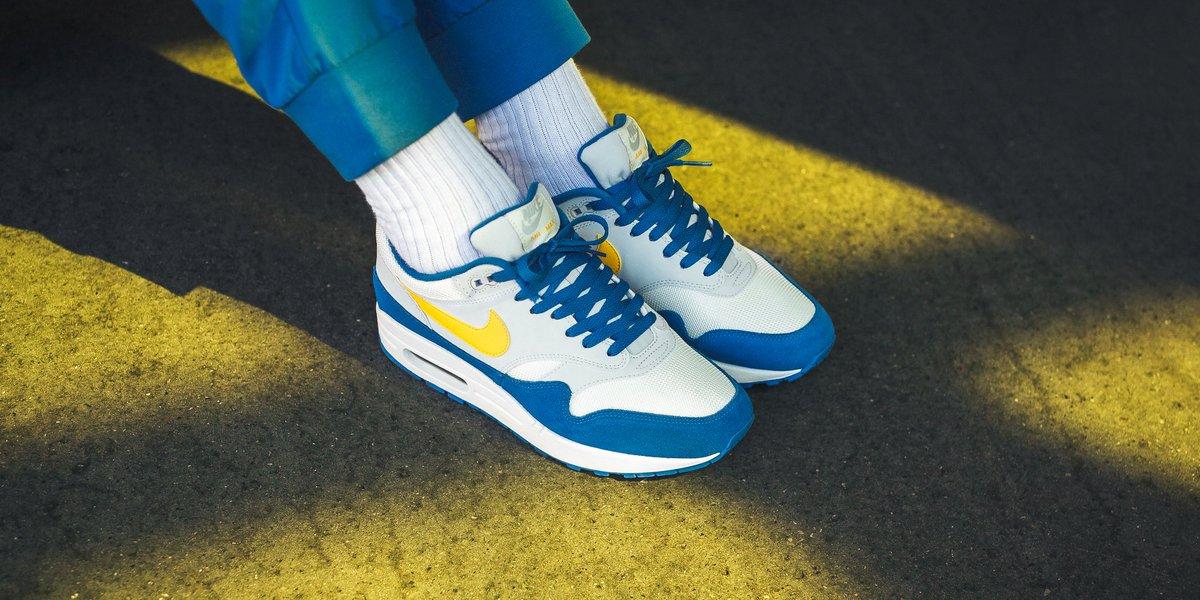 Nike Air Max 1 Sail Pure Platinum Signal Blue Amarillo