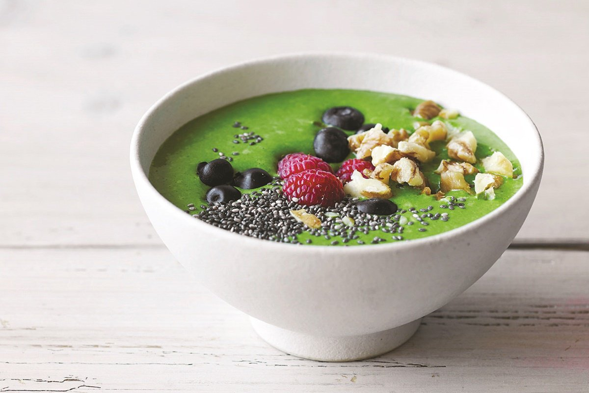Avocado Kale Berry Smoothie Bowl https://t.co/mUBy2RRdNx https://t.co/jyP7FYbn61