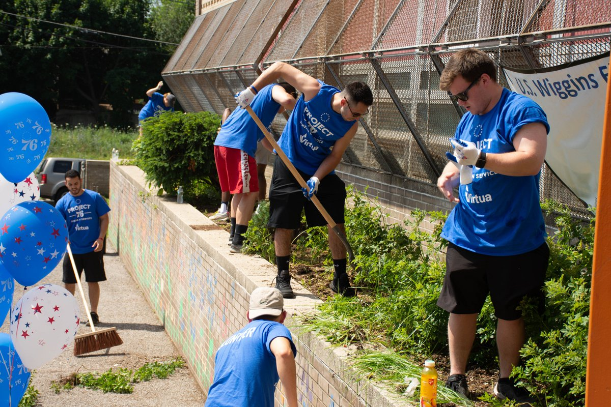 Steamy weather could not slow down the incredible volunteers at #Project76 last week. Click to see more photos of the hard-working volunteers from Virtua, @SIXERSSTRONG, and @PhillySJUnited: facebook.com/VirtuaHealth/p…