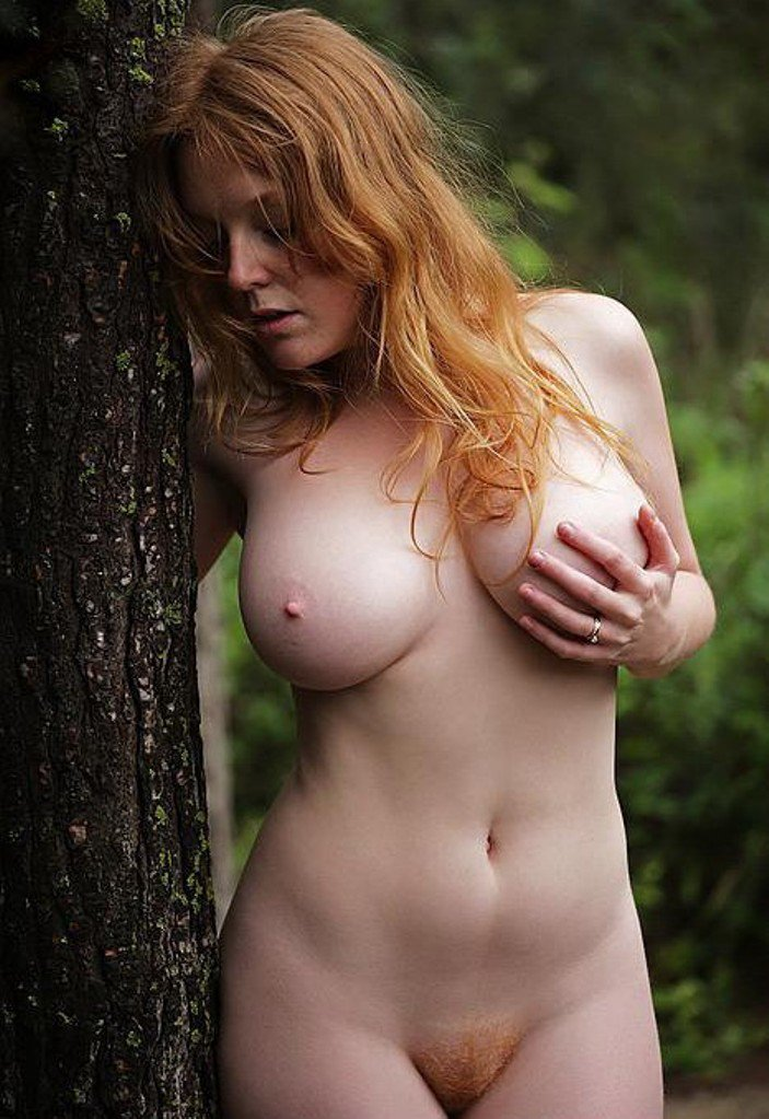 Natural pubes redhead, fully nude goth