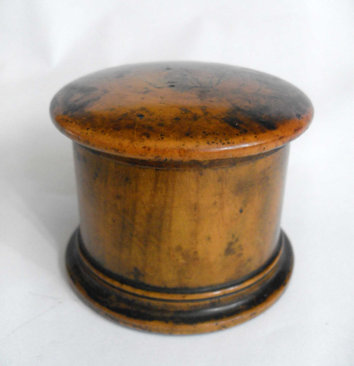 ... Offers considered *Free UK Shipping *#InspectAndCollect  http://carterscollectablesuk.co.uk/Turned-wood-box-and-cover … - CartersCollectablesUK: Antique, Vintage Etc Things On Twitter
