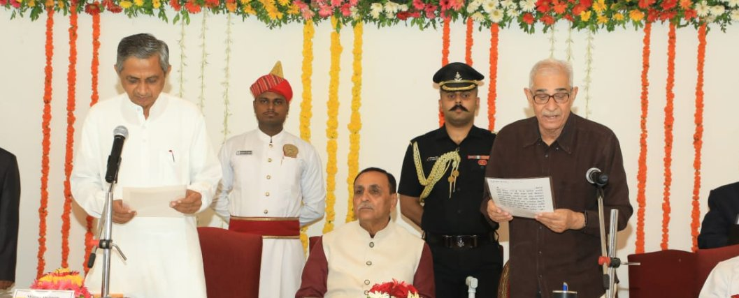 Kunvarji takes oath as minister hours after quitting Congress and joining BJP