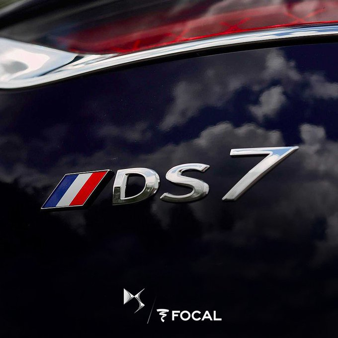 Focal est fière de ses partenaires automobiles français et souhaite un joyeux 14 Juillet à tous les audiophiles. ------ Focal is proud of its French automotive partners and wishes a good #BastilleDay to all audiophiles. @DS_Official - #DS7Crossback Photo