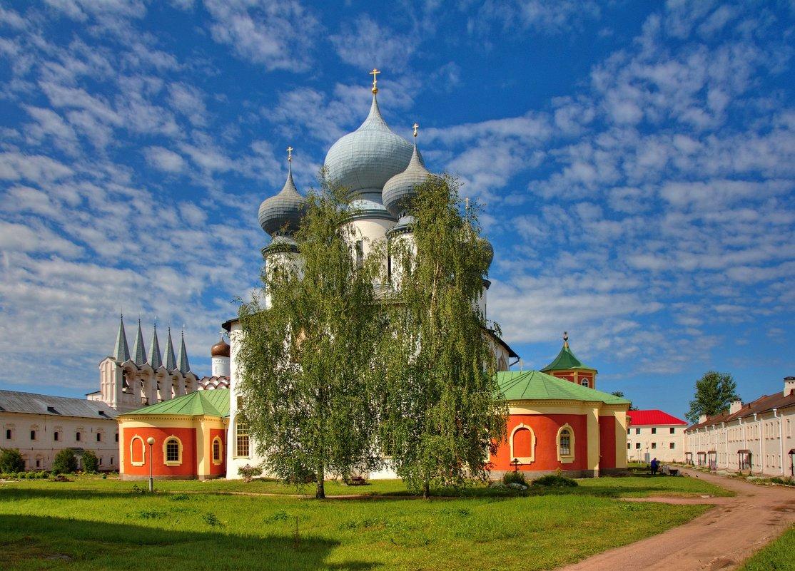 Картинки тихвинский монастырь, дню специалиста