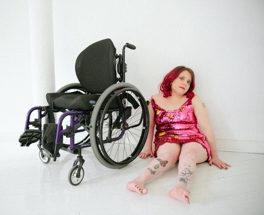 half-naked-girl-in-a-wheelchair-sims