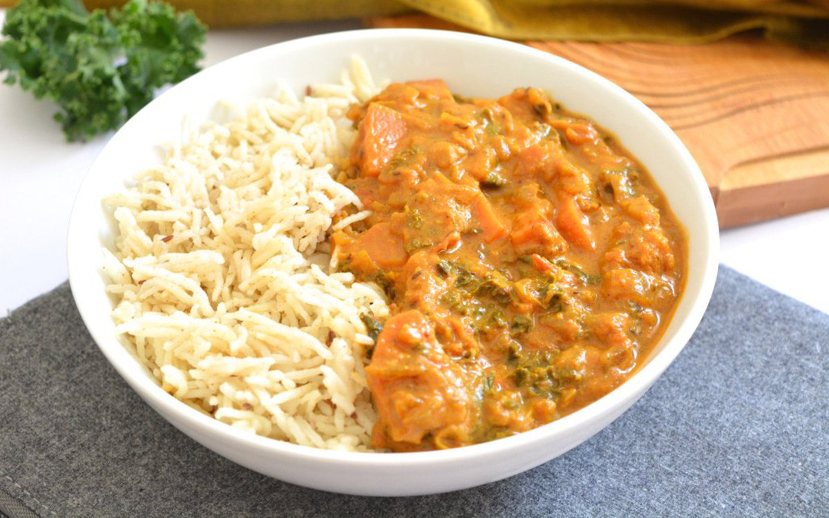 Sweet Potato Kale Curry [#Vegan] https://t.co/lWbwWF4dNi https://t.co/DXbOT7l5Z0