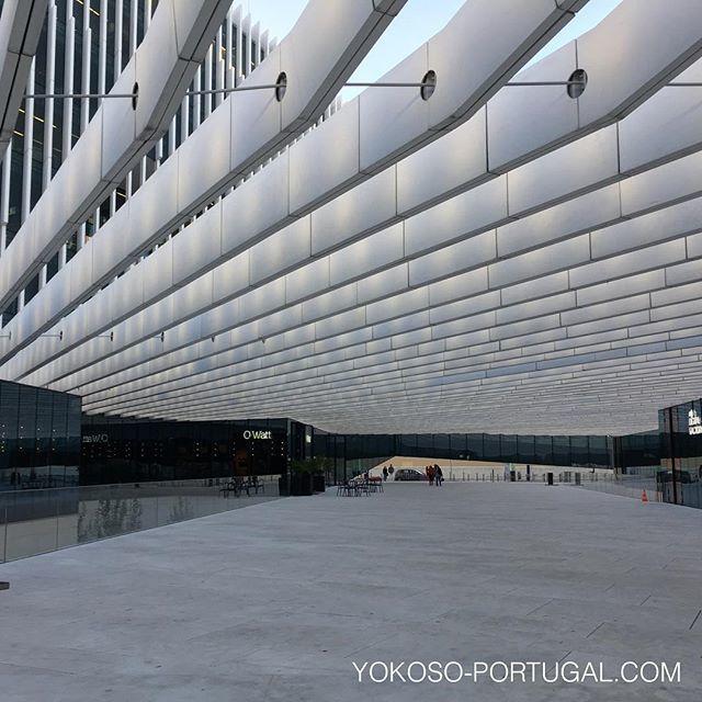 test ツイッターメディア - ポルトガルの現代建築家、マテウス兄弟(Aires Mateus)の作品、リスボンのEDP本社。ポルトガルには歴史ある建物だけでなく、かっこいいモダンな建物もたくさんあり見所満載です。 #リスボン #ポルトガル #現代建築 https://t.co/bLpAxndziV