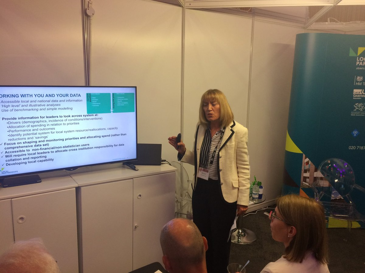 @CareQualityComm launched a report on day one of #LGAconf18 on older people moving between health and social care. @LP_localgov Strategic Director Anne Jarrett also presented ways to support councils to integrate #health and #socialcare. Read more here - https://t.co/VAF7DucnTI