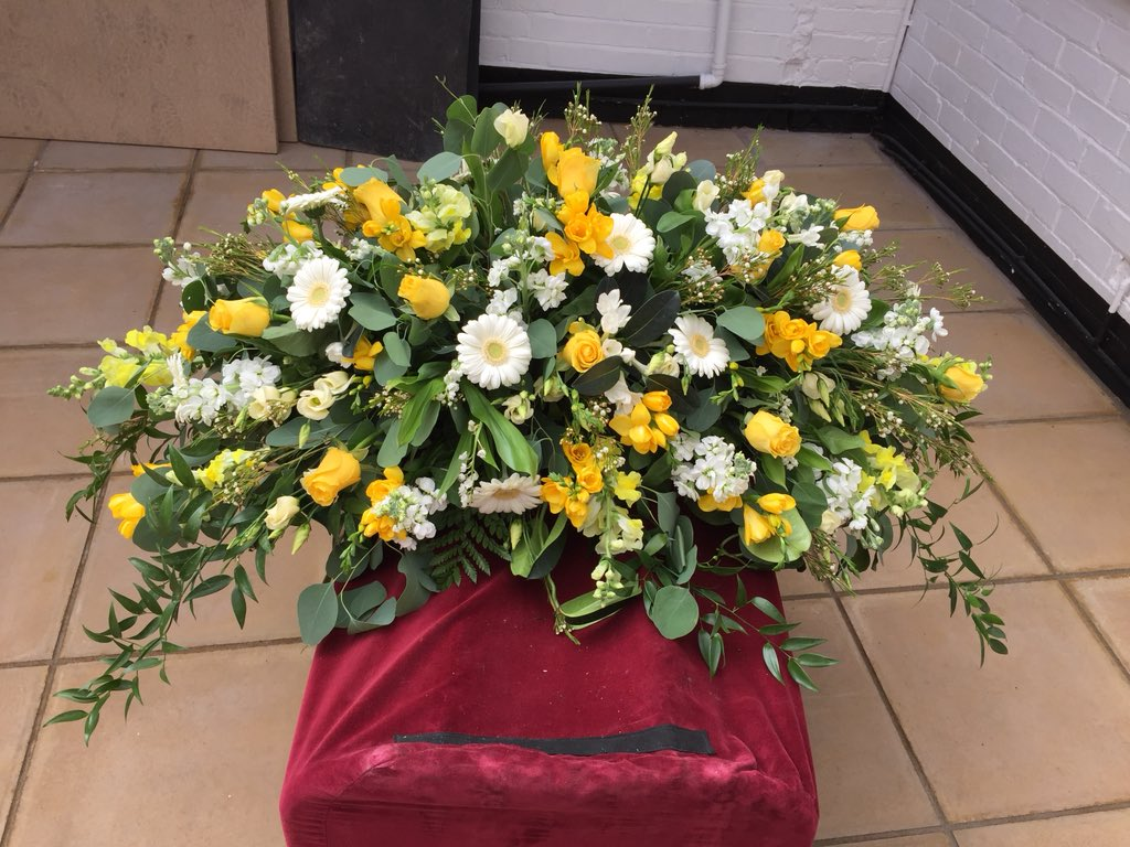 Funeralflowers hashtag on twitter funeralflowers hashtag on twitter izmirmasajfo