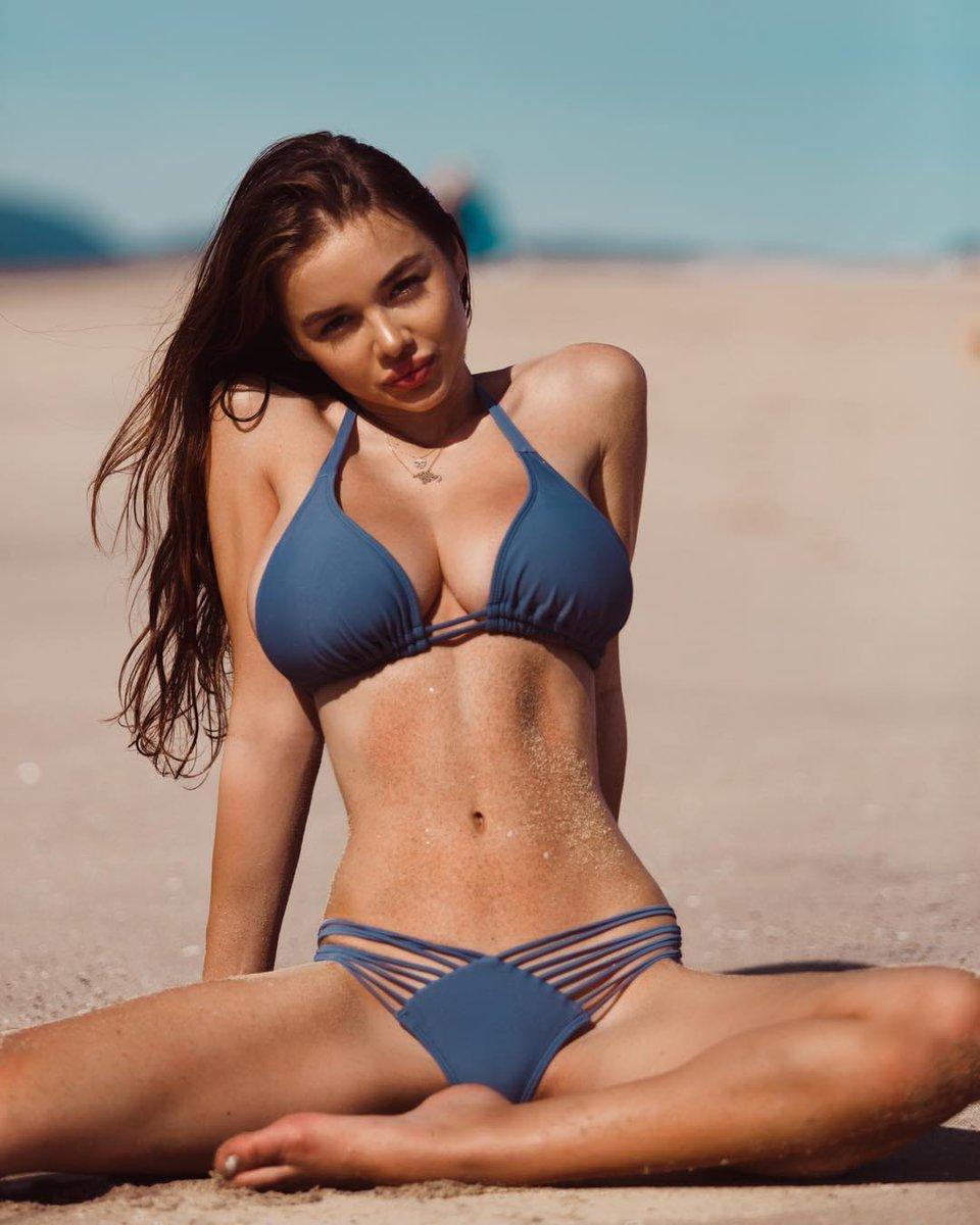 bikini legs spread