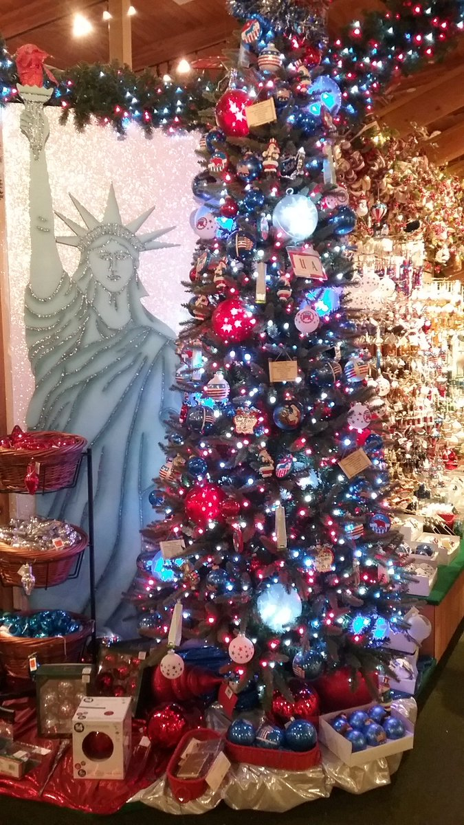 lisa warir on twitter bronners christmas store frankenmuth mi where its christmas year round how cute perfect for today 4th of july