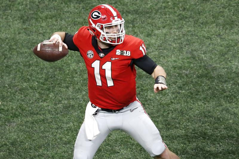 Georgia QB Jake Fromm diagnosed with broken hand https://t.co/dxBjhH9ex9
