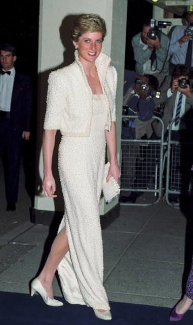 Happy birthday Princess Diana! You will forever be in our hearts <3