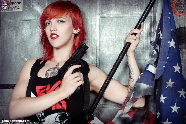 Sexy Fandom: Happy Independence Day from Pandora Von...
