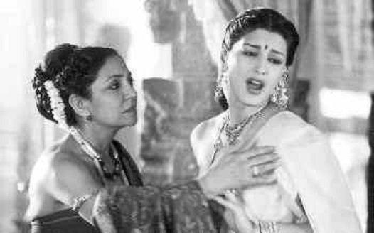"Movies N Memories on Twitter: ""Deepti Naval and Sonali Bendre in Amol  Palekar's Anaahat (2003) @DeeptiNaval @iamsonalibendre… """