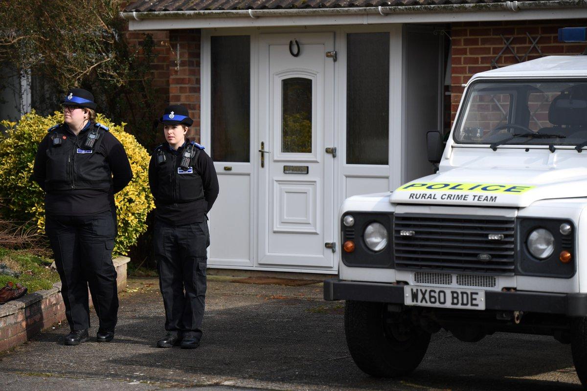 Deux Britanniques empoisonnés avec la même substance que #Skripal ➡️ https://t.co/LhgJnafz9l