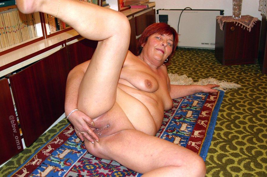 Nackt fotos oma