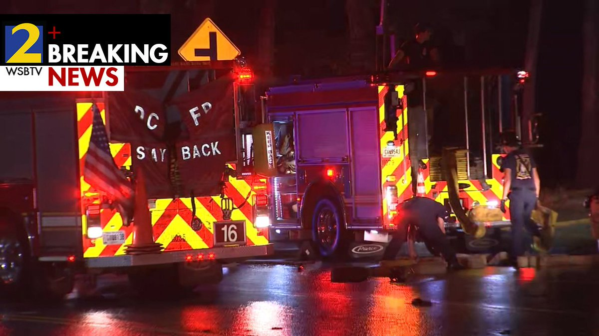 DeKalb County: : Man dies, several others escape house fire in
