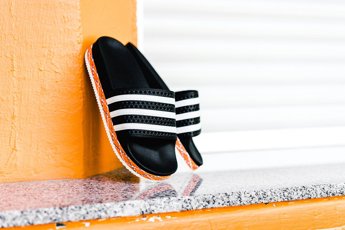 adidas Adilette W (gelb) | 43einhalb Sneaker Store