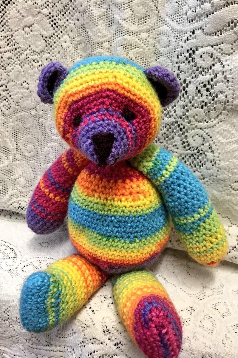 Crochet Amigurumi pattern Tiny mini plush teddy bear in scarf and hat | 1200x798