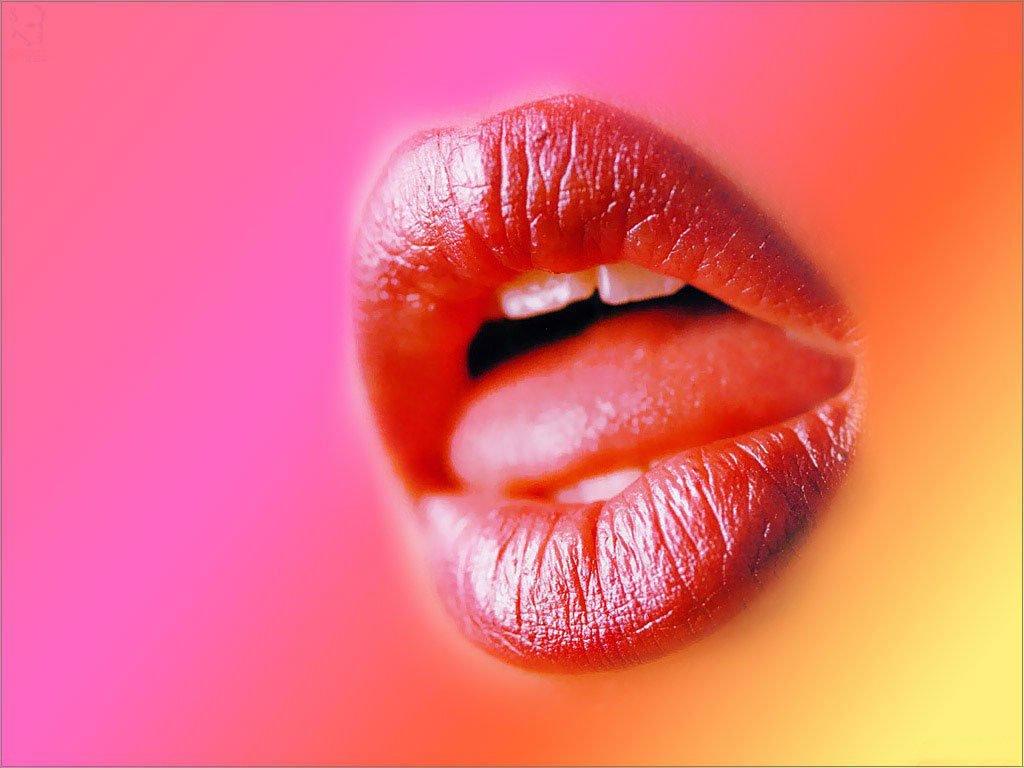 Дню рождения, женский поцелуй мужчине открытки