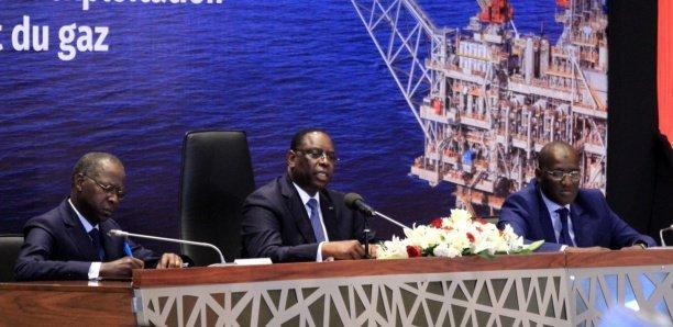 """Macky Sall veut bâtir une véritable """" Economie du Pétrole et du Gaz"""" https://www.senegalactus.com/senegal-economie-du-petrole-et-du-gaz/…"""
